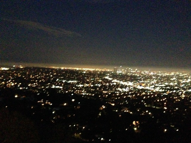 Griffith Observatory at night.  Sooooo beautiful.  www.alexisvear.com