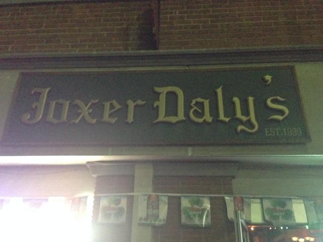 Joxer Daly's Irish Pub. www.alexisvear.com